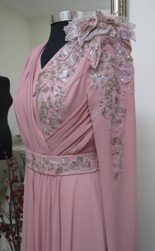שמלת ערב צנועה באשדוד