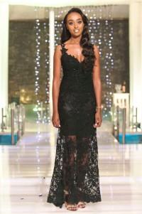 שמלת ערב שחורה עם תחרה